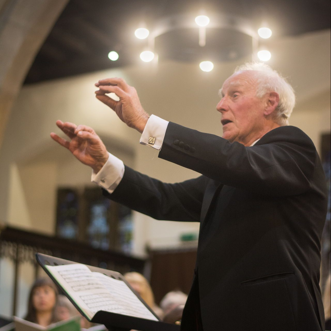 Frank Smith conducting